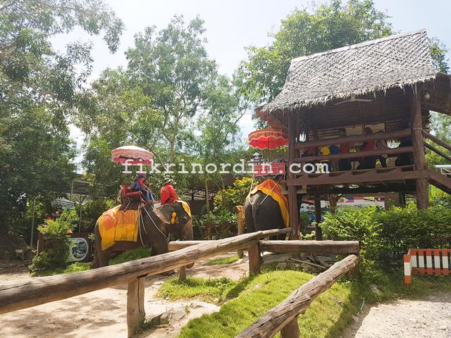 Chang Puak Camp