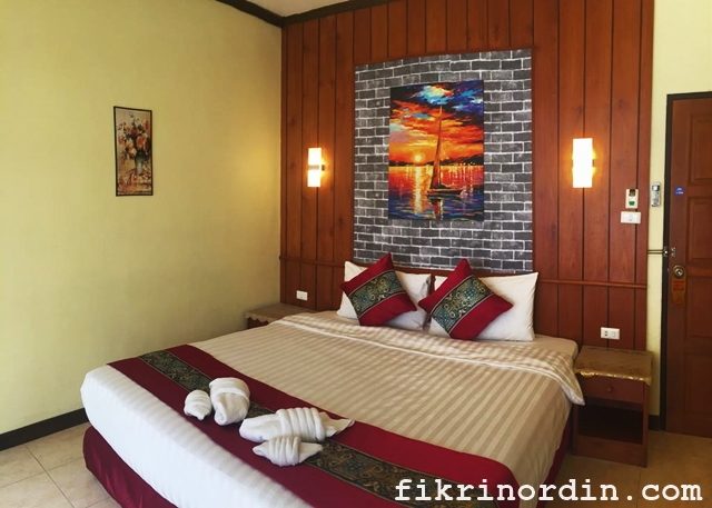 Live in Phuket Hotel