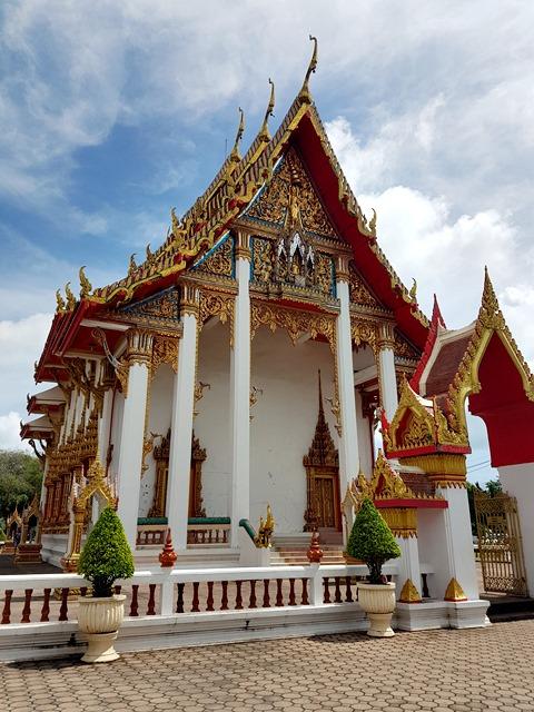 monumen menarik di phuket